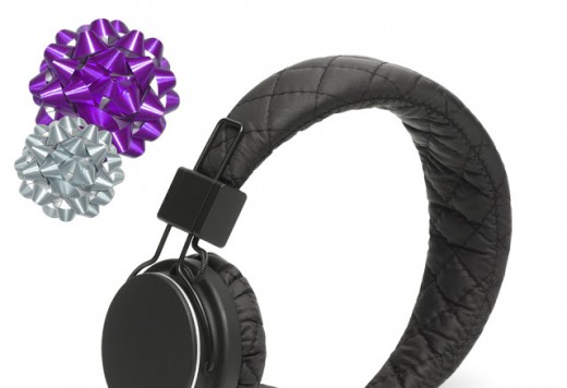 ADVENT DAY 18: FASHION FOR EARS