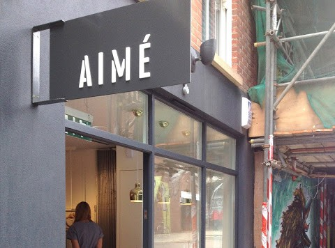 AIME GOES TO REDCHURCH STREET