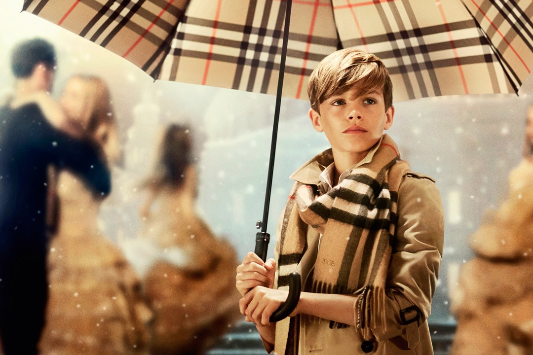 Burberry Festive Campaign 2014 (via Vogue)